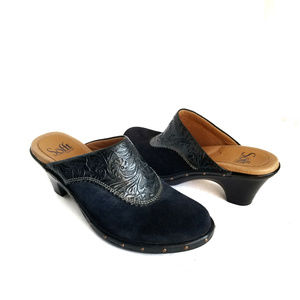 Sofft Suede Embossed Leather Clogs Studded 6.5
